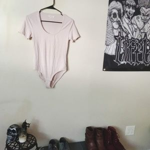 Madewell Tops - 🔴Madewell Cameo Scoop Bodysuit Light Pink  Medium